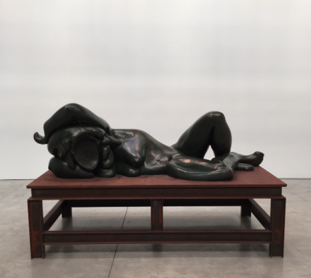 Thomas Schütte, Bronzefrau I (2000), via Art Observed