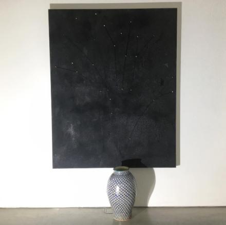 Pier Paolo Calzolari, Nachtmusik für Karine (2016), via Art Observed