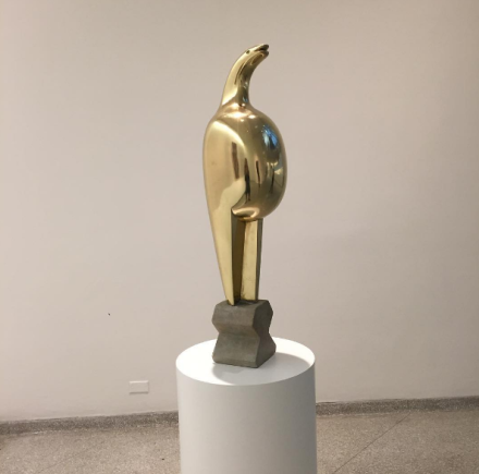 Constantin Brancusi, Maiastra (1912), via Art Observed