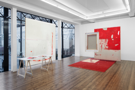 David Ostrowski, The Thin Red Line (Installation view), courtesy Sprüth Magers