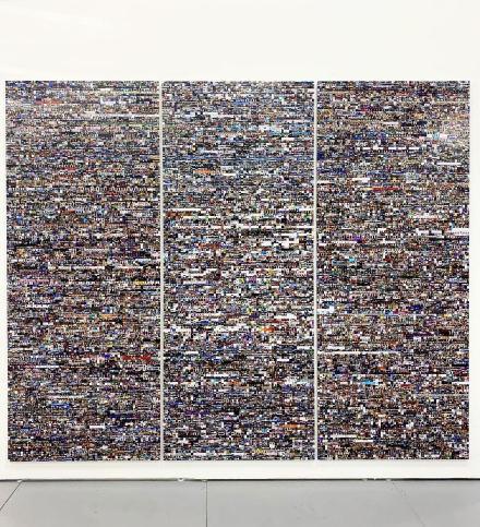 Rafael Lozano-Hemmer at bitforms, via Art Observed