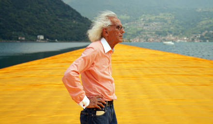 Christo at The Floating Piers, June 2016 Photo Wolfgang Volz